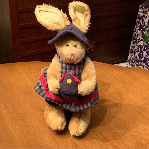 "Boyds Bears ""Emily Babbit"" Stuffed Bunny Rabbit"